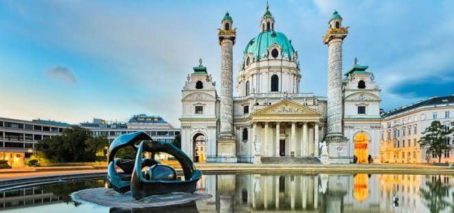 Vienna-Karlskirche.jpg
